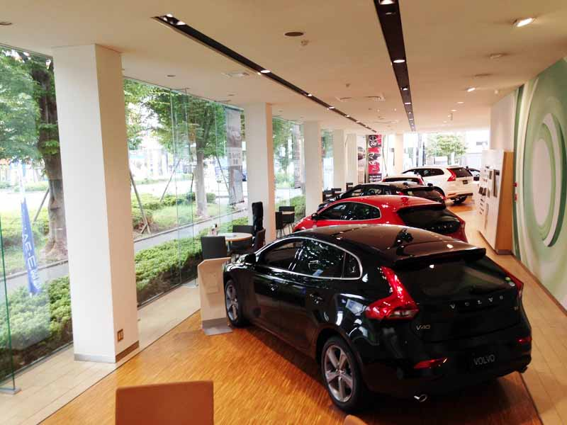 volvo-car-sagamihara-adopted-reopened-a-new-showroom-ci-volvo-retail-experience20160604-4