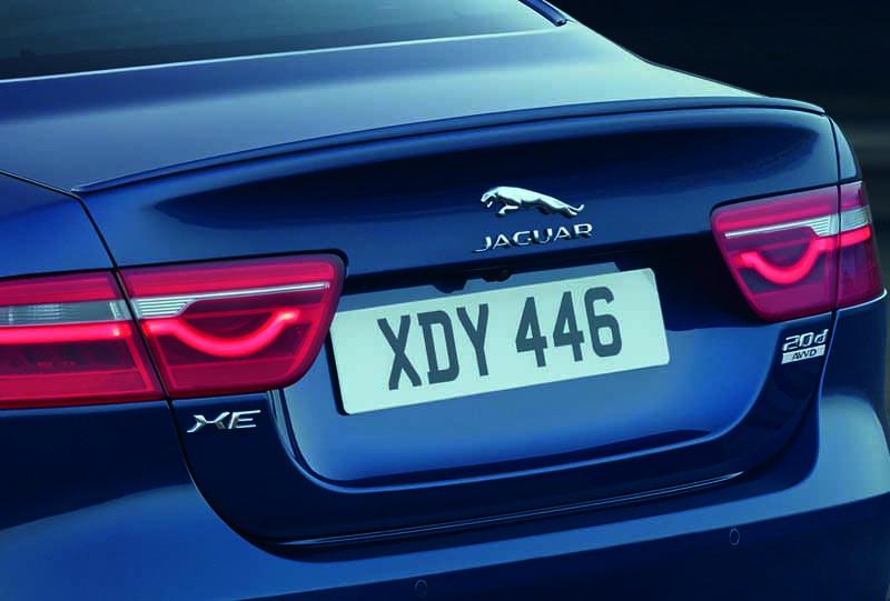 jaguar-xe-·-2017-model-year-orders-start-from-july-19-20160719-9
