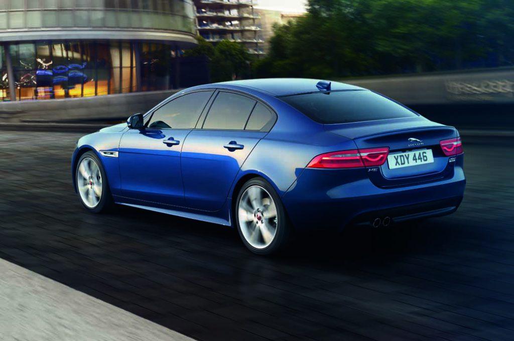 jaguar-xe-·-2017-model-year-orders-start-from-july-19-20160719-4