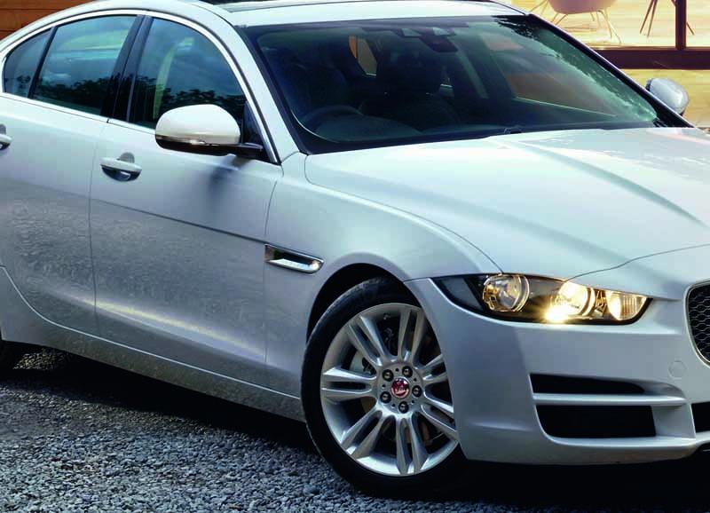 jaguar-xe-·-2017-model-year-orders-start-from-july-19-20160719-8