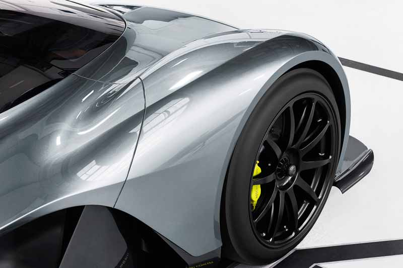 aston-martin-and-red-bull-racing-am-rb001-announced-the-hyper-car20160707-3