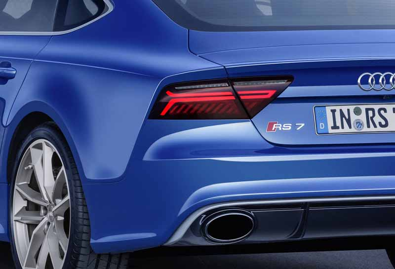 audi-japan-announced-the-rs-performance-model-of-the-three-models20160705-15rs7