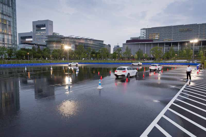 bmw-group-tokyo-bay-7-august-grand-opening20160708-5