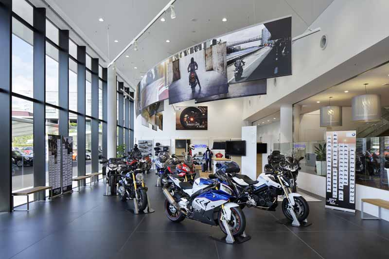 bmw-group-tokyo-bay-7-august-grand-opening20160708-7