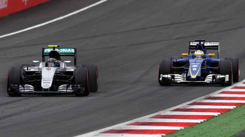 f1-austria-gp-finals-hamilton-wrest-the-victory-after-a-fierce-battle-fulfill-the-baton-sixth-place20160704-11