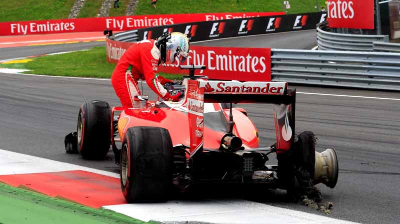 f1-austria-gp-finals-hamilton-wrest-the-victory-after-a-fierce-battle-fulfill-the-baton-sixth-place20160704-25