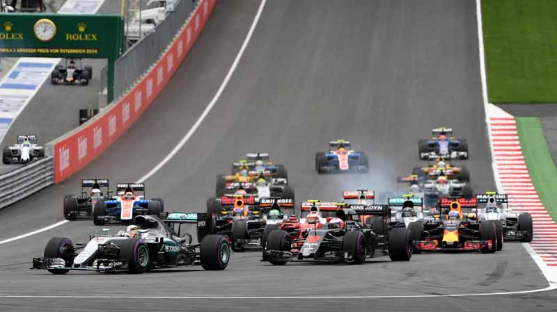 f1-austria-gp-finals-hamilton-wrest-the-victory-after-a-fierce-battle-fulfill-the-baton-sixth-place20160704-41