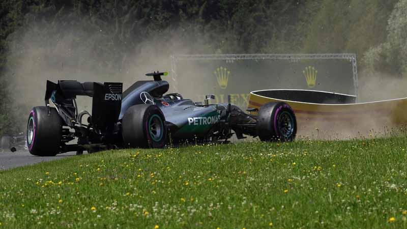 f1-austria-gp-qualifying-hamilton-pp-won-he-won-the-baton-third-place-grid20160703-46
