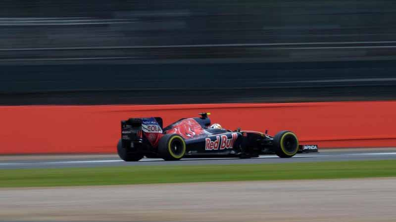 f1-british-gp-qualifying-mercedes-1-and-2-win-monopolize-the-red-bull-camp-2-row-of-the-grid20160710-13