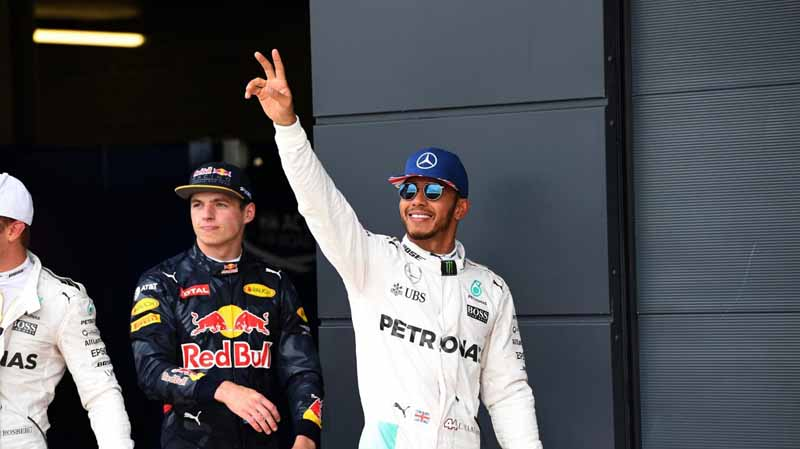 f1-british-gp-qualifying-mercedes-1-and-2-win-monopolize-the-red-bull-camp-2-row-of-the-grid20160710-26