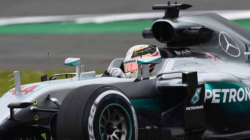 f1-british-gp-qualifying-mercedes-1-and-2-win-monopolize-the-red-bull-camp-2-row-of-the-grid20160710-34