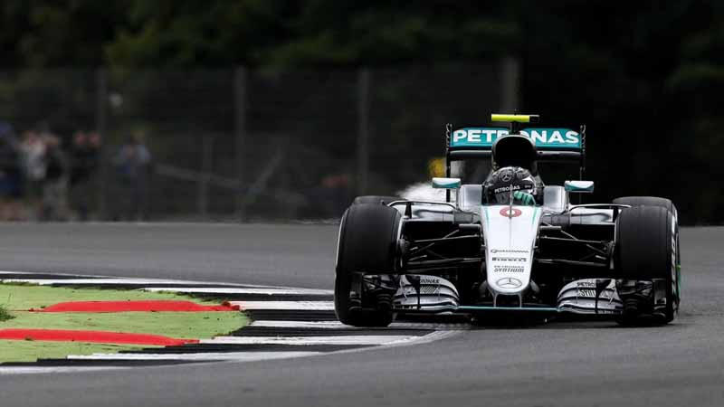 f1-british-gp-qualifying-mercedes-1-and-2-win-monopolize-the-red-bull-camp-2-row-of-the-grid20160710-40