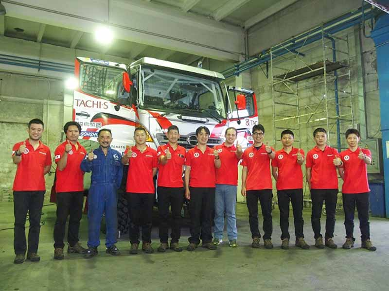 hino-team-sugawara-silk-way-rallys-first-race20160712-1