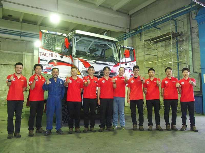 hino-team-sugawara-silk-way-rallys-first-race20160712-1