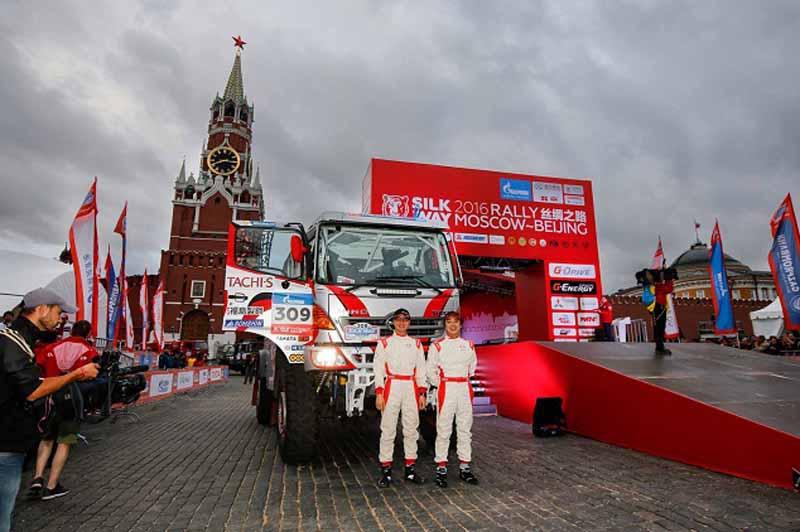 hino-team-sugawara-silk-way-rallys-first-race20160712-11