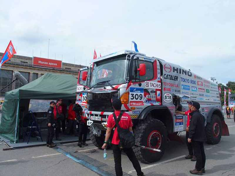 hino-team-sugawara-silk-way-rallys-first-race20160712-9
