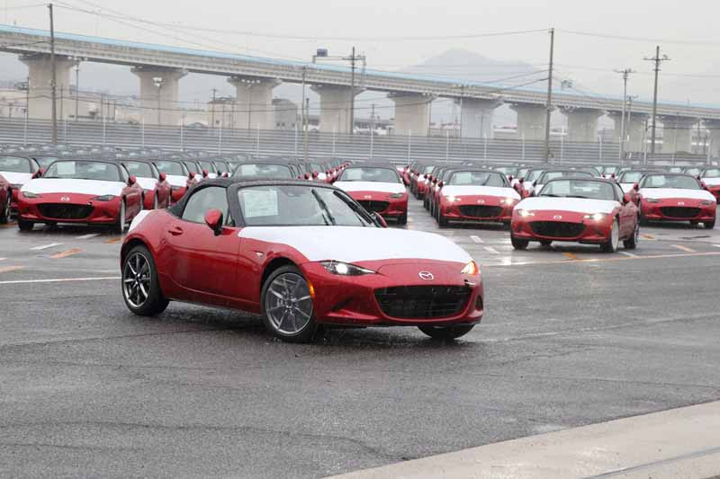 mazda-held-the-shipping-tours-of-this-period-the-annual20160716-3