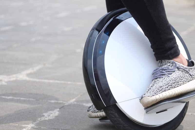nine-bots-further-electric-unicycle-ninebot-one-s2-that-has-evolved-july-7-days-release20160702-2