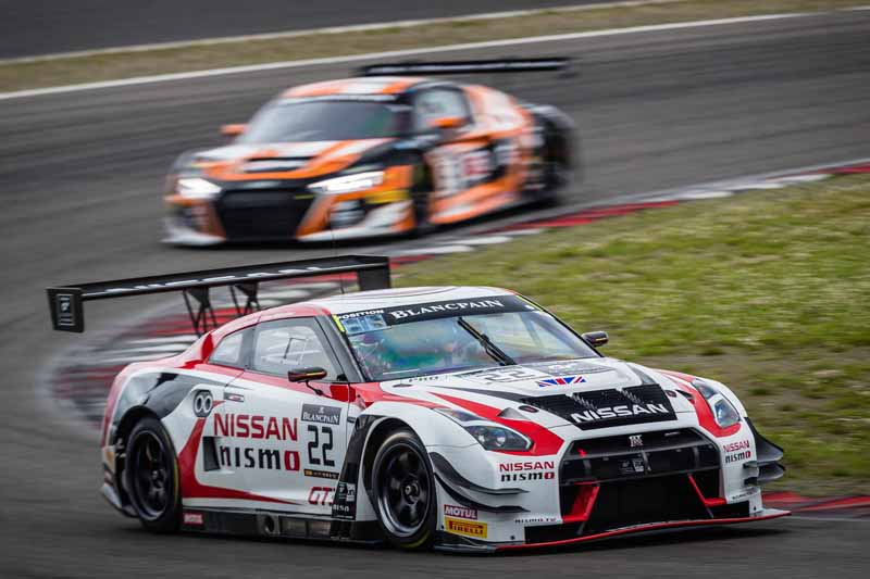 nissan-gt-r-nurburgring-blancpain-gt-series-14-place-in-the-sprint-cup20160705-2