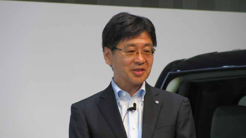 nissan-motor-co-ltd-equipped-with-a-pro-pilot-to-enable-the-automatic-operation-in-the-new-serena-to-august-released20160713-4