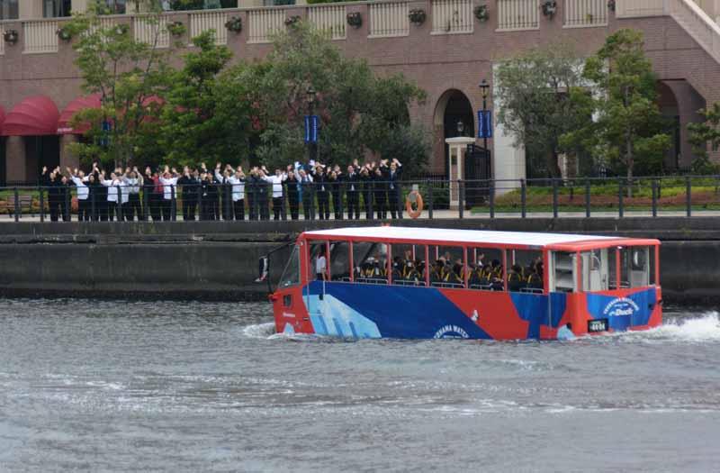 okohama-minato-mirai-begin-operation-amphibious-bus-sales-start-from-august-1020160728-3