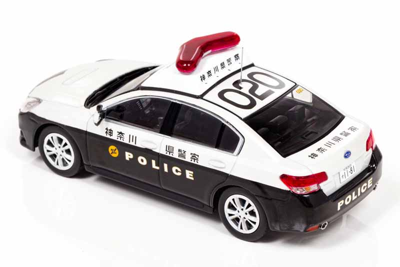 police-car-of-kanagawa-kochi-prefectural-police-appeared-in-11cm-model-regashii-2014-model-1000-units-limited-sales20160708-3