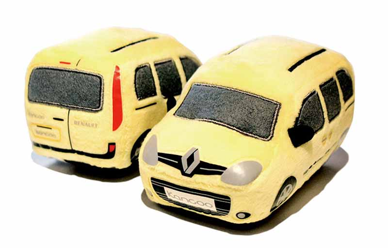 renault-japon-1-2l-direct-injection-turbo-and-six-speed-edc-new-equipped-renault-kangoo-zen-edc-is-released20160724-3