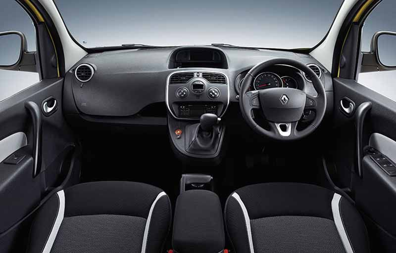 renault-japon-1-2l-direct-injection-turbo-and-six-speed-edc-new-equipped-renault-kangoo-zen-edc-is-released20160724-9