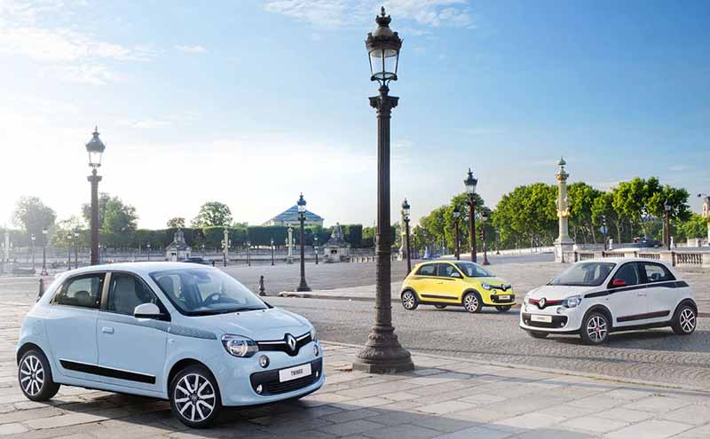 start-renault-japon-a-national-caravan-of-the-new-twingo-from-july-1620160706-1