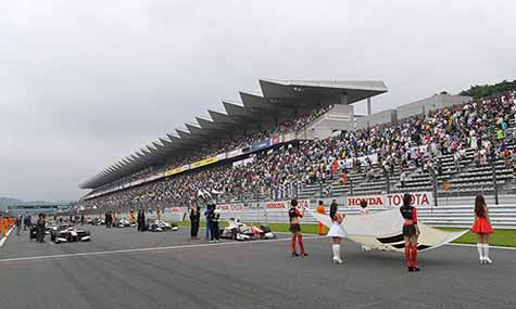 super-formula-2016-round-3-fuji-oliveira-his-first-victory-falling-off-in-the-pp-bandon-48-lap20160718-3