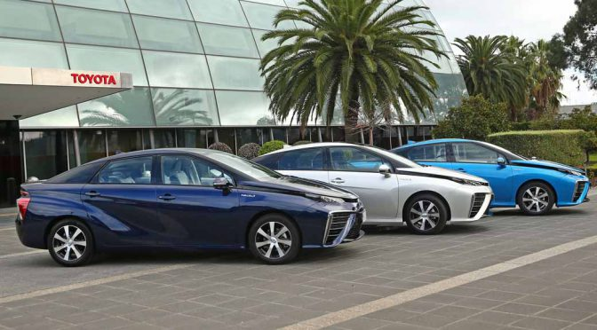 toyota-motor-corp-test-introduced-a-fuel-cell-vehicle-mirai-in-australia20160714-2