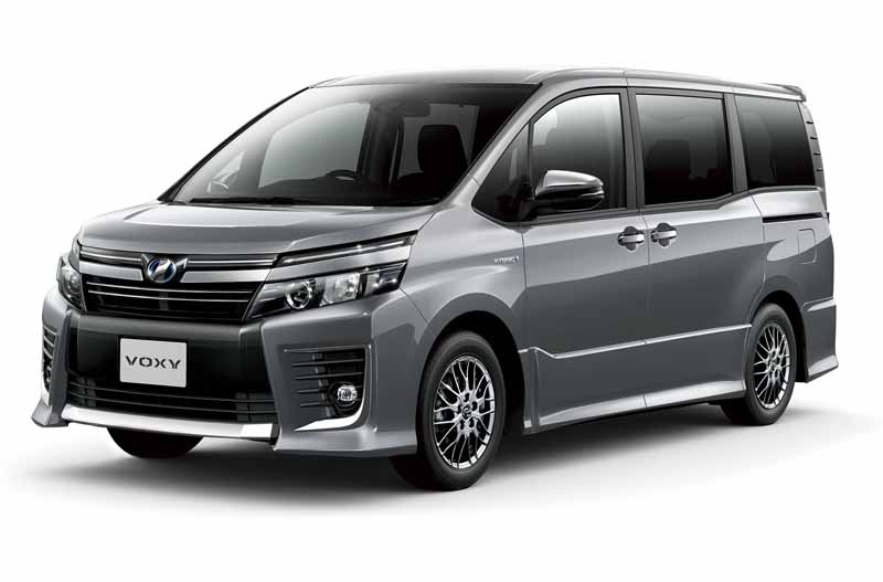 toyota-released-a-special-edition-models-of-the-voxy-and-noah20160706-2