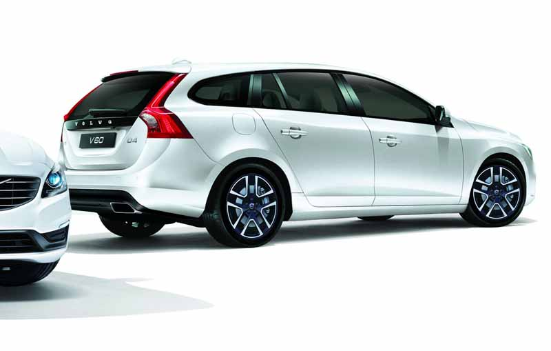 volvo-special-specification-car-volvo-s60-v60-d4-dynamic-edition-released20160726-6