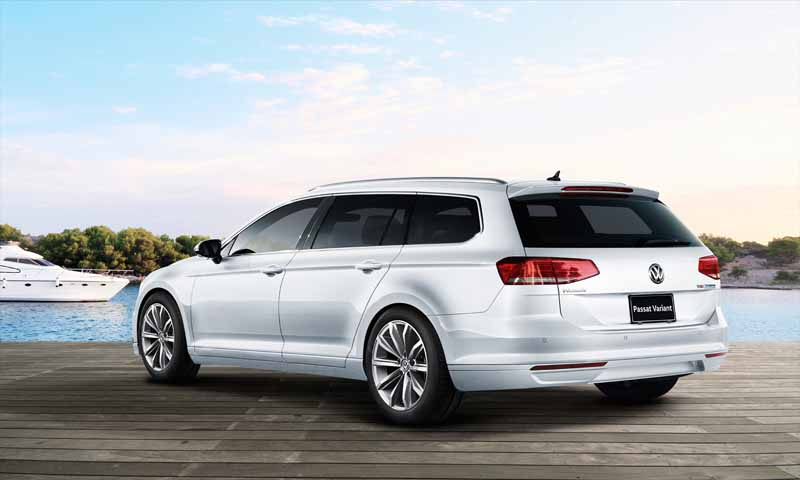 vw-japan-only-special-limited-model-of-passat-variant-voyage-250-limited-release20160705-4
