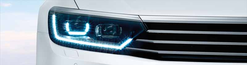 vw-japan-only-special-limited-model-of-passat-variant-voyage-250-limited-release20160705-6