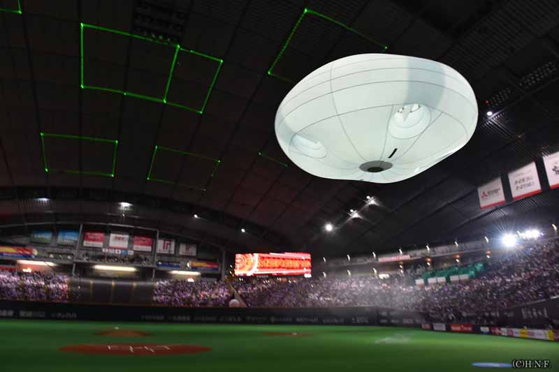 we-developed-a-prototype-of-a-sporting-event-director-for-the-drone-of-a-combination-of-drone-and-a-large-balloon-balloon-cam20160702-1