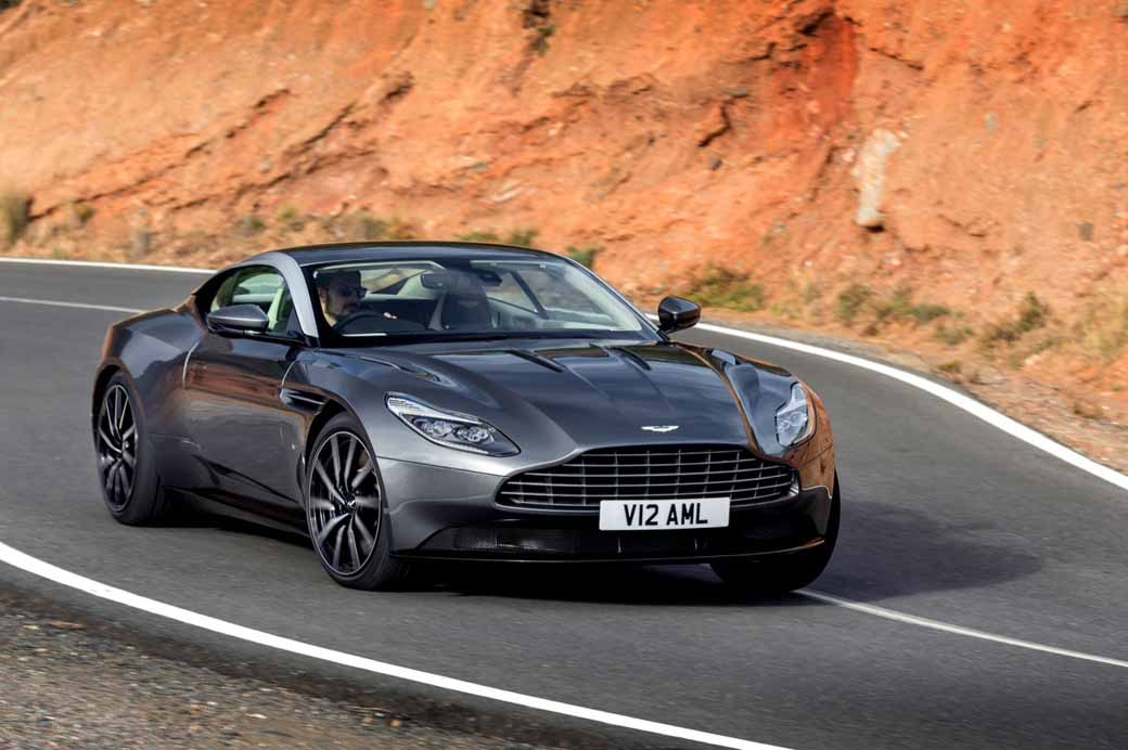 aston-martin-announced-a-capsule-collection-in-partnership-anniversary-with-hackett20160815-2