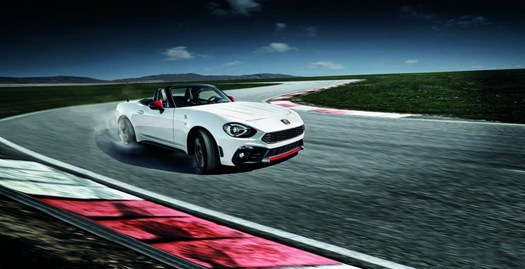 fca-japan-announced-a-new-abarth124spider-of-the-open-top-sports-model20160806-2