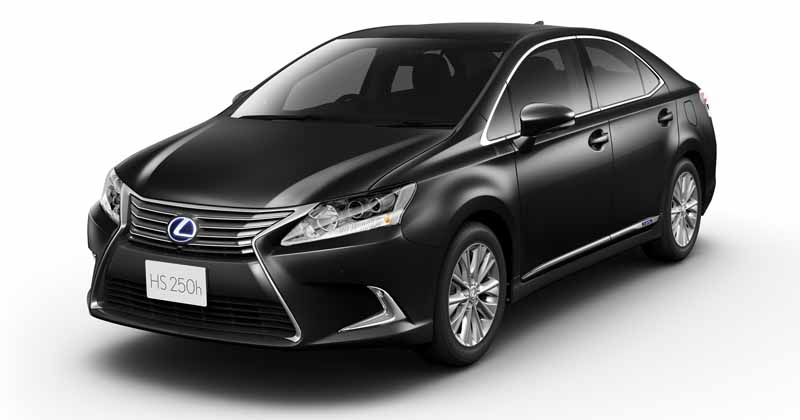 lexus-set-the-special-specification-car-cool-touring-style-with-an-increased-sophistication-in-ct20160827-16