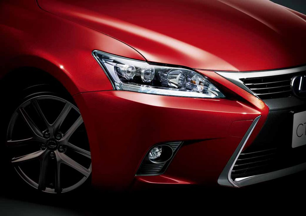 lexus-set-the-special-specification-car-cool-touring-style-with-an-increased-sophistication-in-ct20160827-17