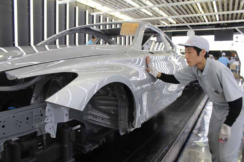 nissan-motor-co-ltd-full-scale-production-of-the-new-sports-coupe-q60-infiniti-in-tochigi-plant20160812-4