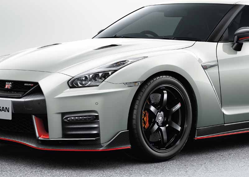 nissan-motor-co-ltd-nissan-gt-r-nismo-nismo-flagship-launched-the-2017-model-year20160828-12