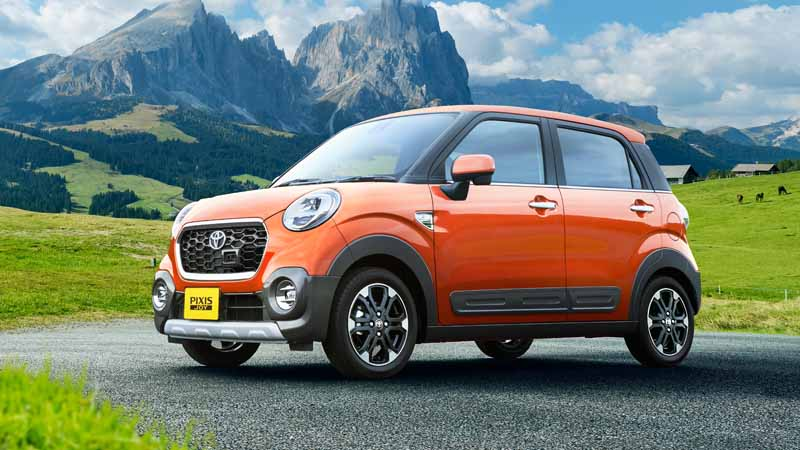 toyota-motor-corp-launched-a-new-mini-passenger-car-pyxis-joy20160831-f2