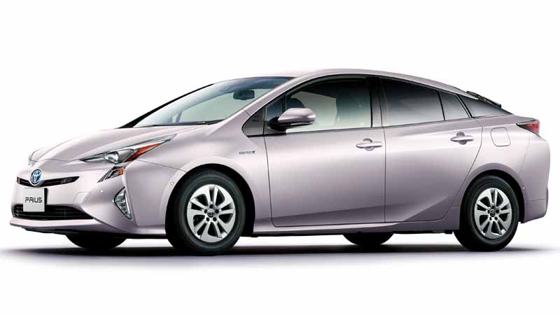toyota-released-a-special-edition-models-that-additional-equipment-to-the-standard-grade-of-prius20160808-1