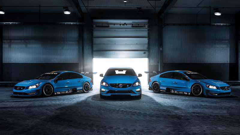 volvo-car-japan-started-selling-the-new-s60-v60-polestar-in-100-units-limited20160805-1