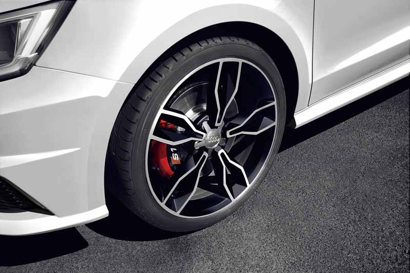 audi-japan-limited-car-of-the-audi-s1-sportback-quattro-limited-edition-is-released20160920-6