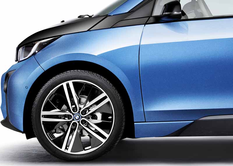 bmw-the-specification-change-electric-car-bmw-i3-realize-the-extension-of-the-significant-range20160927-12