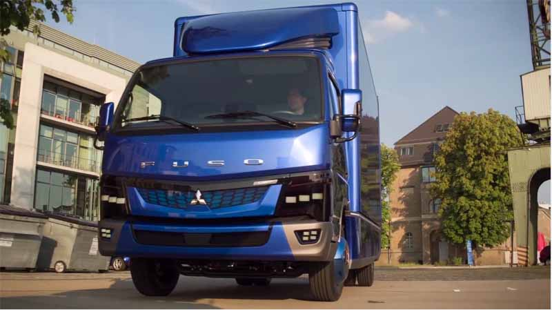 daimler-trucks-asia-the-worlds-first-published-the-ecanter-mitsubishi-fuso-in-the-iaa-201620160925-6