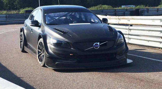 introduced-a-new-test-car-paul-star-cyan-racing-in-wtcc20160904-1