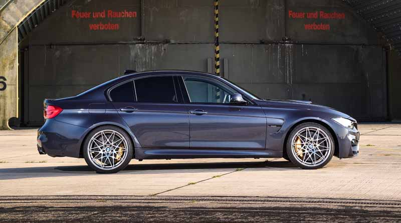 introduced-a-special-limited-car-to-commemorate-the-30-years-since-the-advent-of-the-first-generation-bmw-m3-30-jahre-m320160930-12